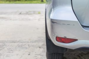 Car accident with minor damage - should I involve the police?